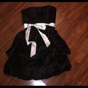 Black velvet strapless dress